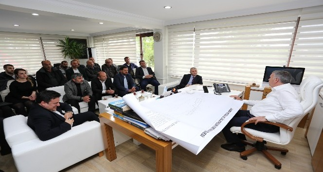 Başkan Altuğ ve Süs bitkiciliği yetkilileri Başkan Toçoğlunu ziyaret etti