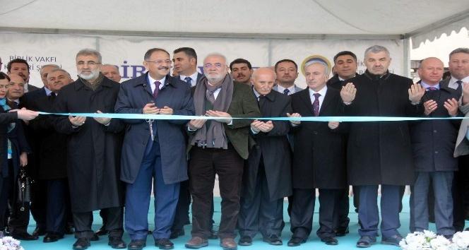 Birlik Vakfı Kayseri Şubesi törenle açıldı