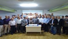49. yıl coşkusuna pastalı kutlama