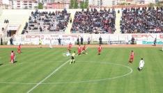 TFF 2. Lig: Niğde Belediyespor: 0- Sakaryaspor:0
