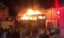 Altay Spor Kulübünün takım otobüsü alev alev yandı