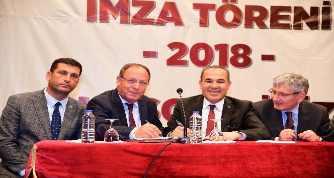 Adana Büyükşehir Belediyesinde toplu sözleşme imzalandı