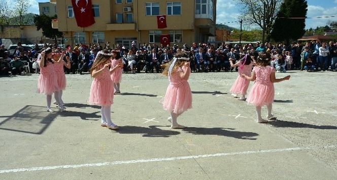 Kabadüzde 23 Nisan Ulusal Egemenlik ve Çocuk Bayram kutlamaları