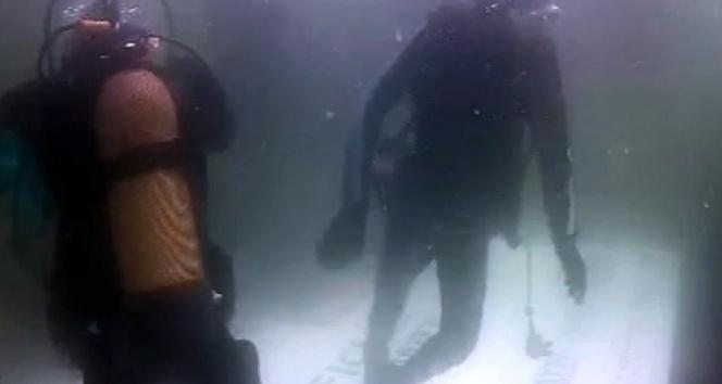 En uzun süre soğuk denizde yaşama rekoru kırıldı