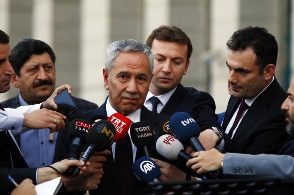 Cumhurbaşkanı Erdoğan ile görüşmesi sonrası Bülent Arınç'tan flaş açıklama