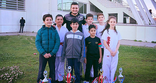 İhlas Koleji Karate Ligi şampiyonu oldu