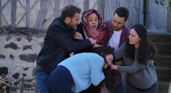 Sen Anlat Karadeniz'de Tahir ve Nefes Evleniyor!