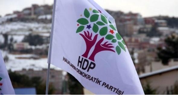 Polisten HDP binasına baskın