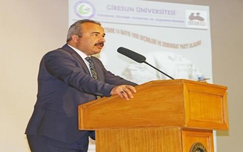 """Giresun Üniversitesi'nden """"Türk Siyasetinde 14 Mayıs 1950 Seçimleri ve Demokrat Parti Olgusu"""" konferansı"""