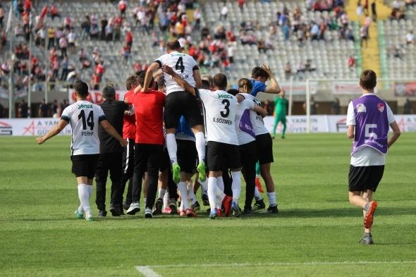 Efsane kulüp 7 yıl aradan sonra 1.Lig'de