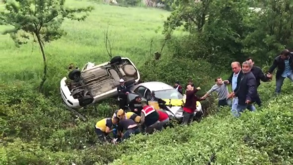 Kazayı gördüler durdular, kazazede oldular!