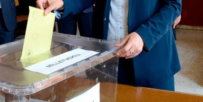 İYİ Parti CHP'yi de geçti!