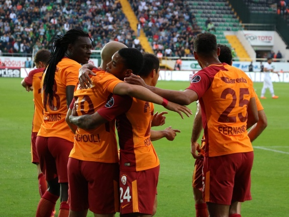 Galatasaray'da Fatih Terim onu sildi!