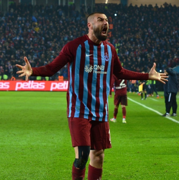 Burak Yılmaz transferi bitti! 4 milyon euro karşılığında...