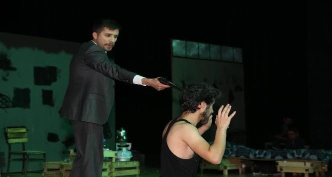Şehir tiyatrosu sezonu tamamladı