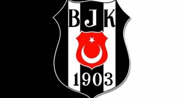 Takım arkadaşı canlı yayında transferi duyurdu! 5 milyon euro'ya Beşiktaş'ta