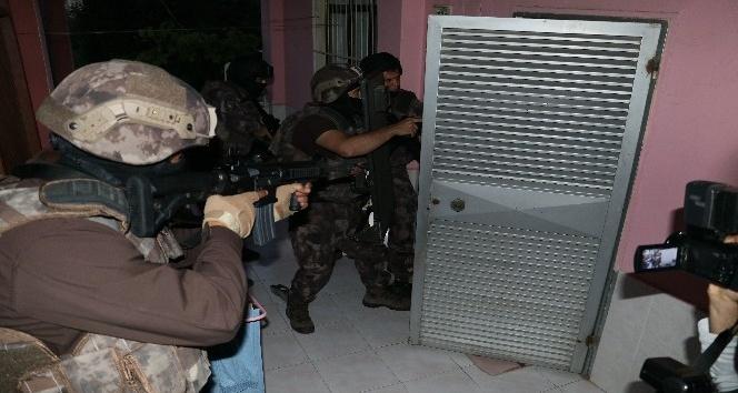 Adana'da DEAŞ operasyonu:  9 gözaltı