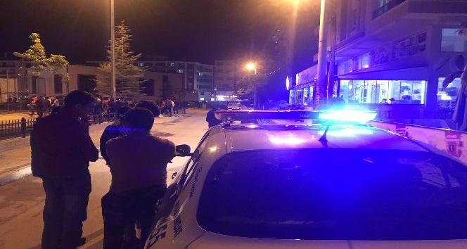 Afyonkarahisar'da polis ekipleri Ramazan'da da denetim uygulamalarına devam ediyor