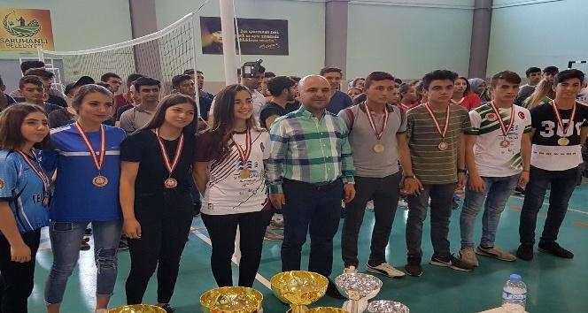 Saruhanlı'da 19 Mayıs spor müsabakaları