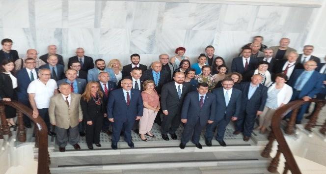 İstanbul Üniversitesi'nden ünlü Bestekâr Alaeddin Yavaşça'ya fahri doktora unvanı
