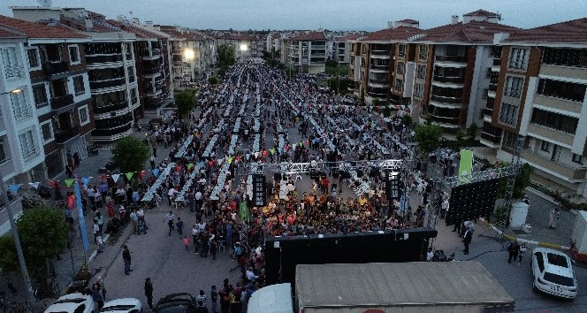 Büyükşehir Belediyesi'nden 6 bin kişilik iftar