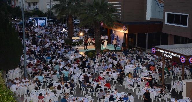 AESOB'dan bin 300 kişilik iftar