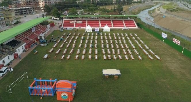 Stadyumda dev iftar