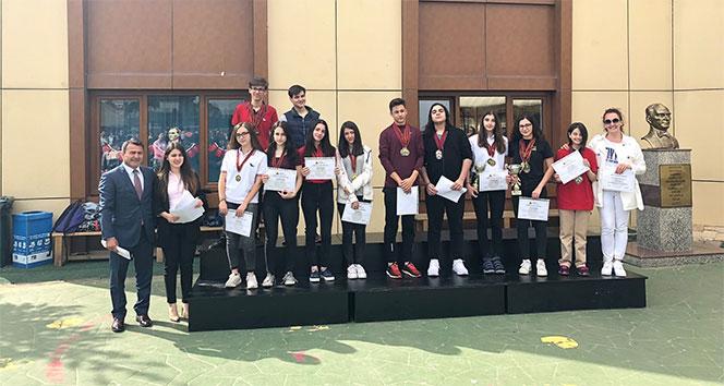 Uluslararası yarışmada Türkiyeyi temsil edecekler