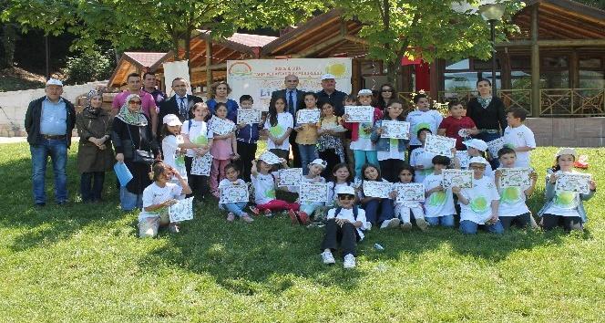 Lider çocuklar yenilebilir yabani bitki türleri ile tanıştı