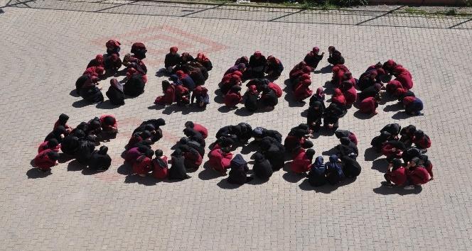 Öğrencilerden İsrail'e tepki Filistin ve Kudüs'e destek