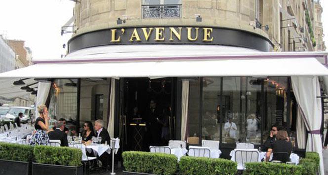 Parisin ünlü restoranı, Arapça adı olanları ve başörtülüleri kabul etmiyor