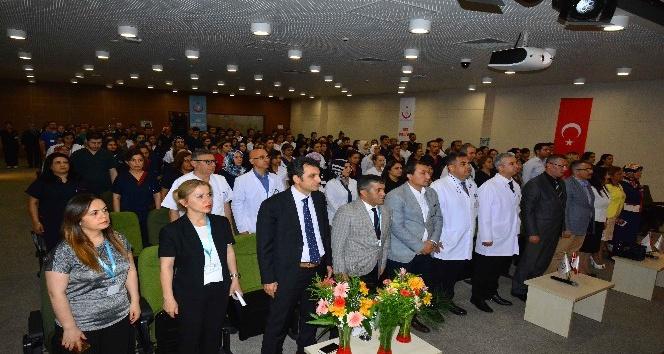 """Adana Şehir Hastanesi yönetimi """"hemşireler"""" için toplandı"""