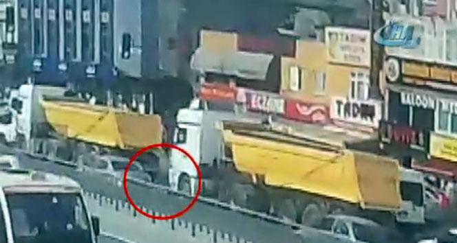Küçükçekmecede hafriyat kamyonu dehşeti