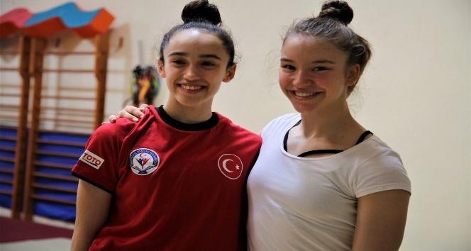 Büyükşehir'in altın kızları Dünya Şampiyonasında boy gösterecek