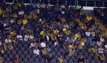 Fenerbahçeli taraftarlardan yönetime tepki