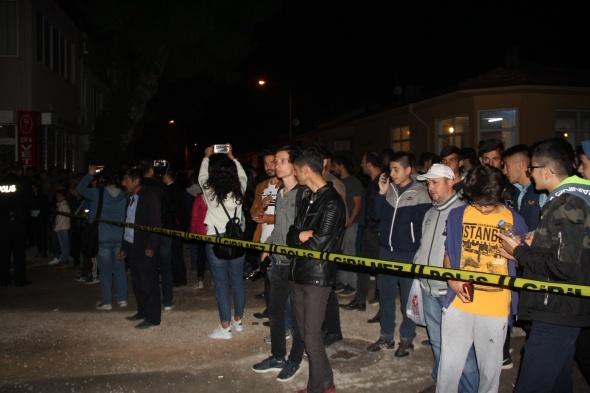 Çorum'da mezarlıkta ağlayan kızın ailesi konuştu: Kanımız dondu