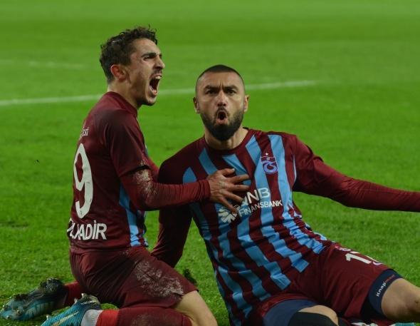 Burak Yılmaz bombası! Beşiktaş derken...