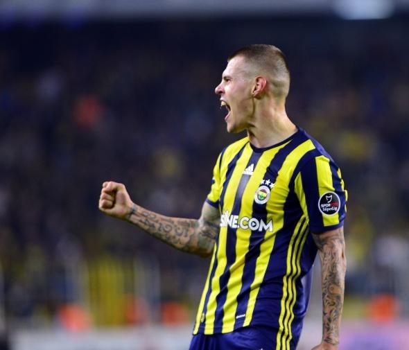 Fenerbahçeli yıldızdan ayrılık mesajı