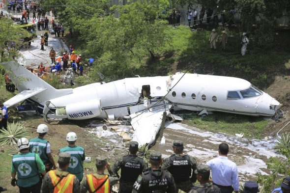 Bir uçak kazası haberi daha!
