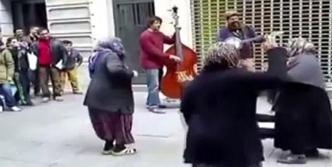Teyzelerin blues keyfi