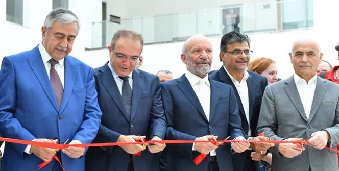 TÜRKSOY Ressamlar Sergisi Cumhurbaşkanı Mustafa Akıncı'nın Katılımıyla Açıldı