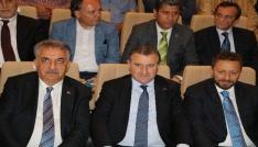 AK Parti Rizede adaylarını tanıttı