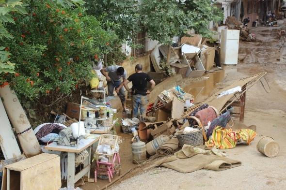 Felaketin ardından vatandaşlar yardım eli bekliyor!