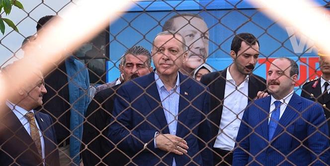 Cumhurbaşkanı Erdoğan'a Balıkesir'de sevgi seli