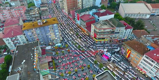 Havadan böyle görüntülendi! Binlerce kişi akın etti