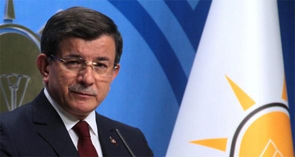 Ahmet Davutoğlu'ndan 'darbe' paylaşımı