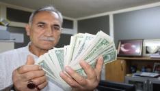Erdoğanın çağrısıyla antika dolarlarını bozdurdu