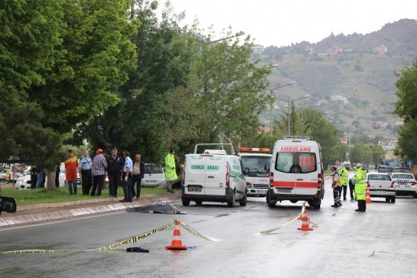 Kayseri'de korkunç kaza! Her yerde aranıyor...