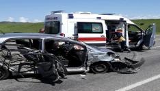 Bingölde trafik kazası: 3 yaralı