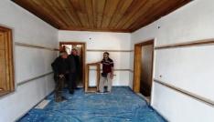 Başkan Memiş restorasyonu süren tarihi Bayburt evini inceledi